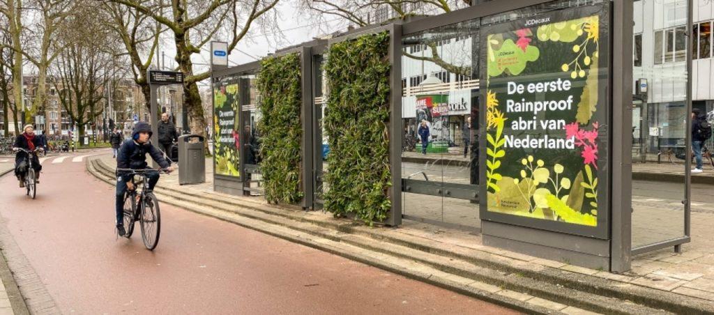 Sempergreen verzorgt rainproof abri Amsterdam