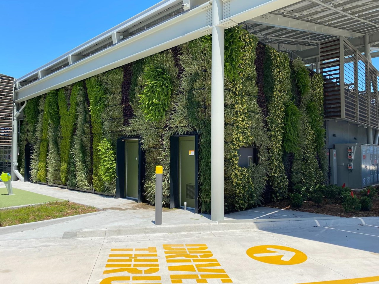 Verticale tuin aan gevel McDonald's Orlando Florida